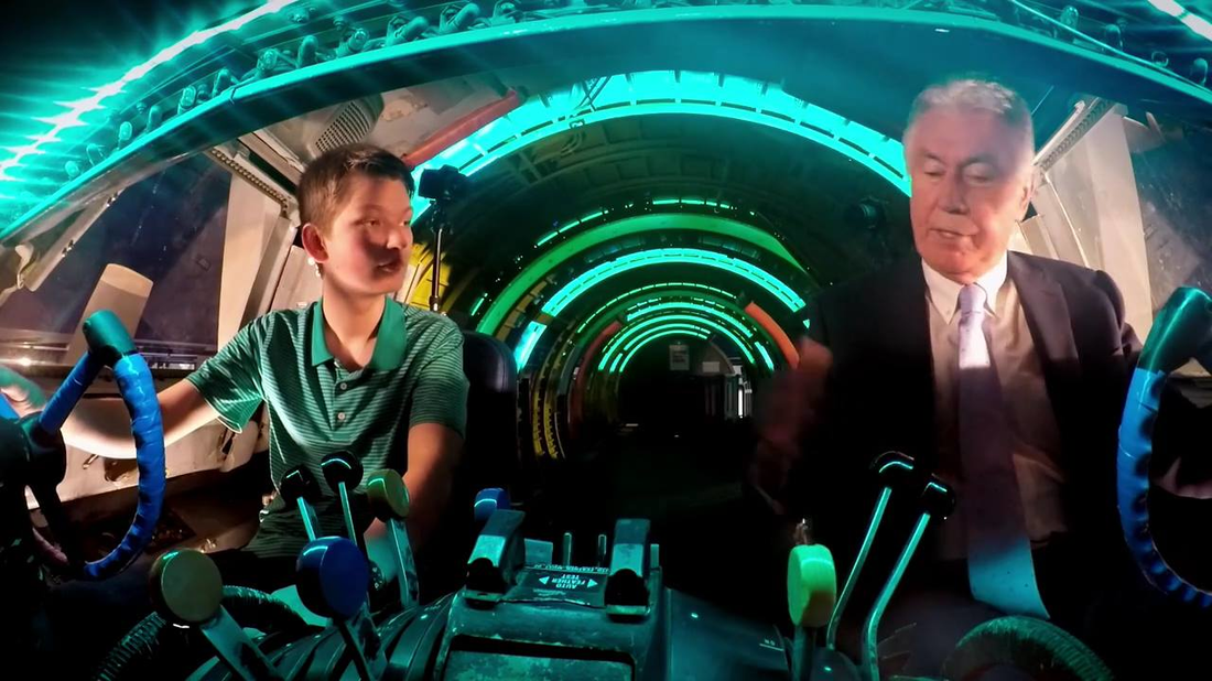 President Uchtdorf Shares His Experience with His Grandson in an Airplane