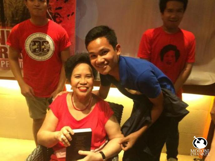 Senator Miriam Defensor Santiago Receives A Copy Of The Book Of Mormon