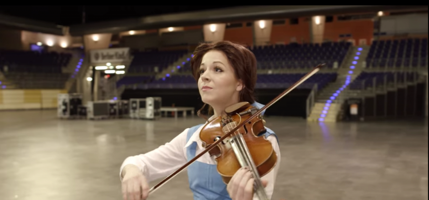 Watch: Lindsey Stirling Releases Breathtaking Medley of Disney's New Movie 'Beauty and the Beast'