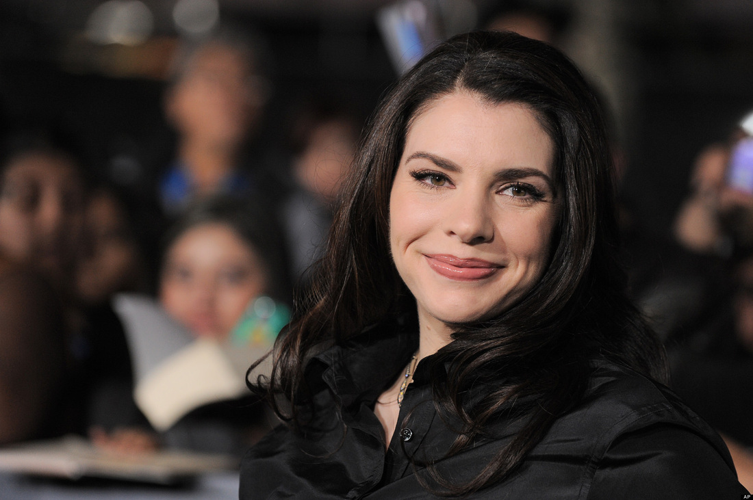 "Latter-day Saint Author Of ""The Twilight Series"" Stephenie Meyer Sets To Publish A New Book This Year"