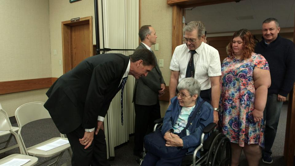 Mormon Leaders Visit Fire Evacuees in Northern California