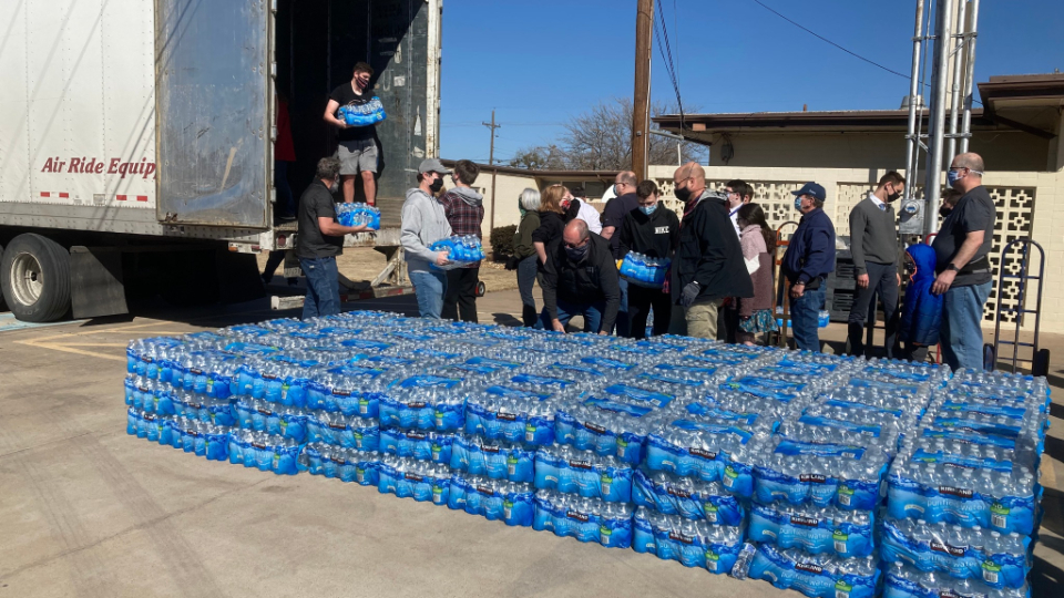 Texans Receive Aid From Church Following Record Winter Storm