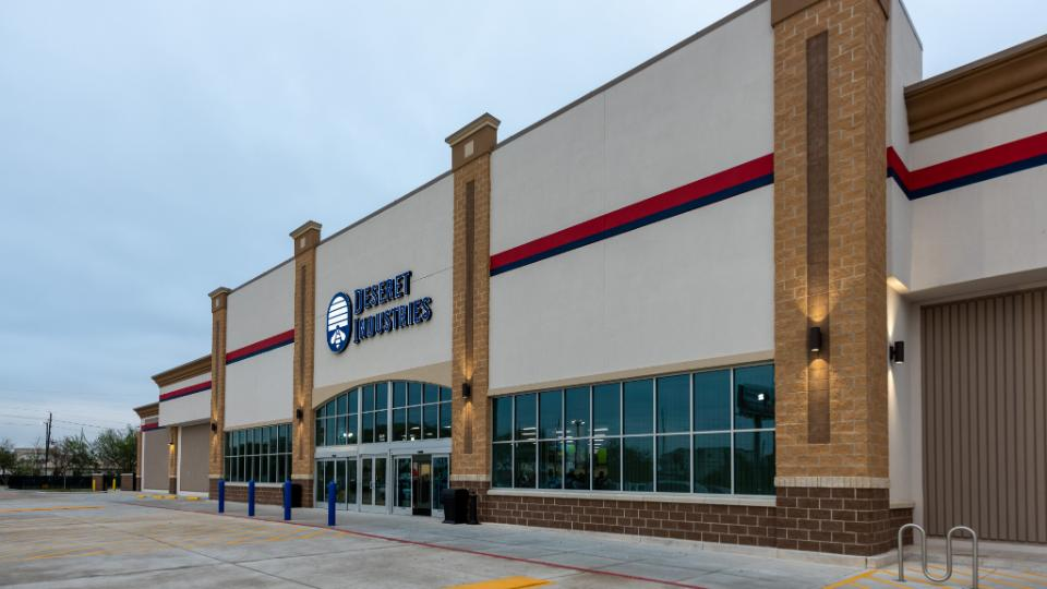 Church Opens New Deseret Industries in Houston to Help the Poor